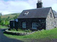 Kirk Yetholm and the small Youth Hostel